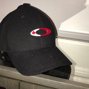 Oakley hat size L-XL